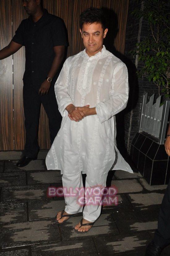 Aamir Khan's diwali bash_celebs-0
