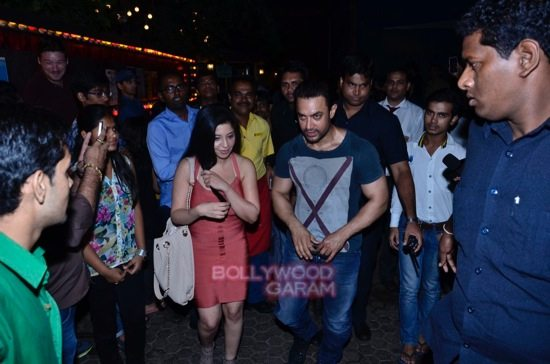 Aamir at prithvi theatre-5