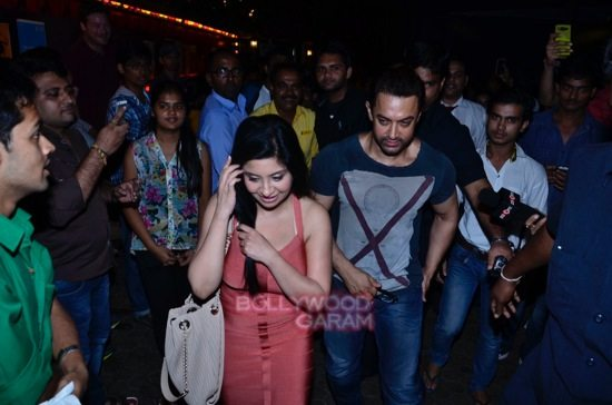 Aamir at prithvi theatre-6