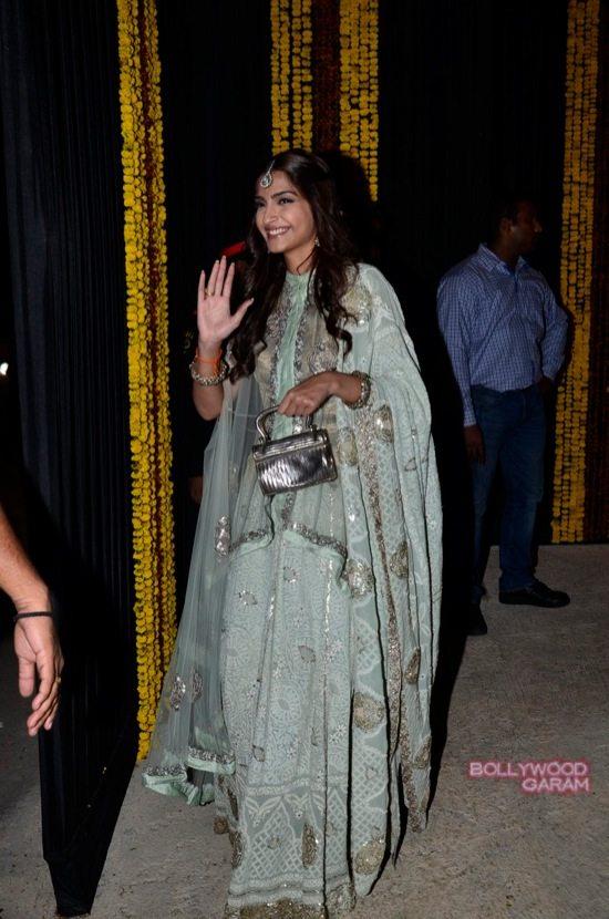Amitabh Bachchan Diwali Party-20