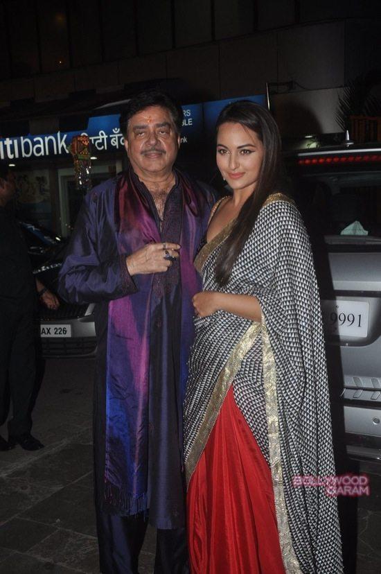 Amitabh Bachchan Diwali Party-34