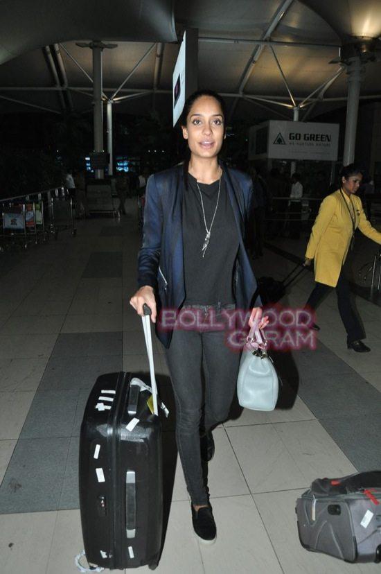 Anu kapoor_lisa haydon_Amitabh bachchan_mumbai airport-7