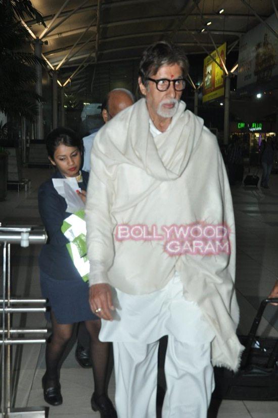 Anu kapoor_lisa haydon_Amitabh bachchan_mumbai airport-8