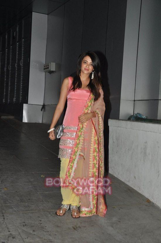 Arjun Kapoor and Sonakshi Sinha diwali-0