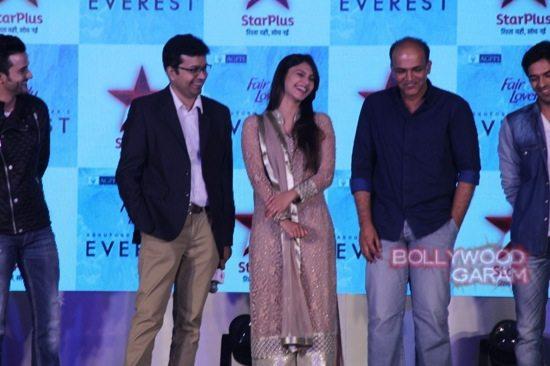 Ashutosh gowarikar Everest-10