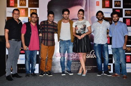 Ayushmann_Mitti Di Khushboo_ single-6