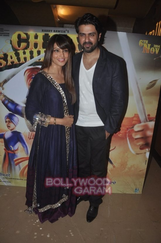 Bipasha and Harman_Chaar Sahibzaade-8