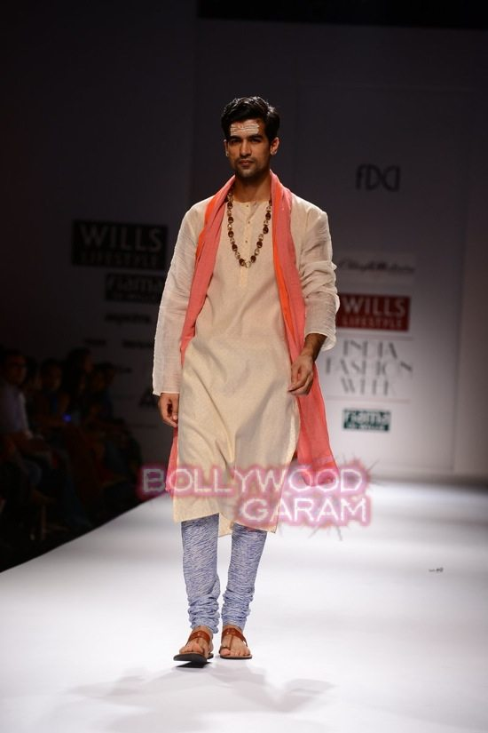 Chaya M collection WIFW 2015-3