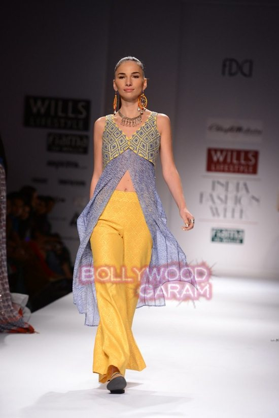 Chaya M collection WIFW 2015-6