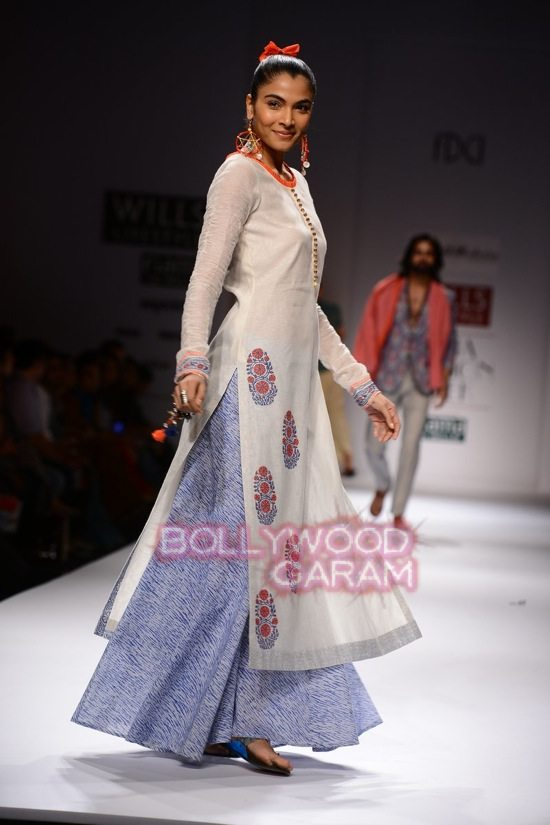Chaya M collection WIFW 2015-8