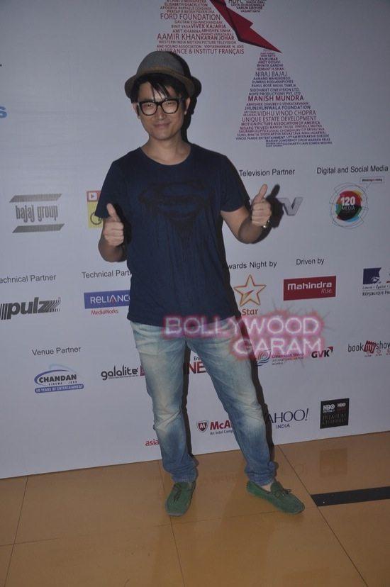 Deepika padukone_varun dhawan_film festival mumbai-10