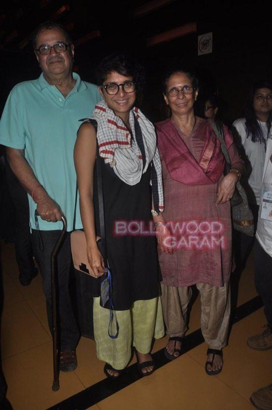 Deepika padukone_varun dhawan_film festival mumbai-11