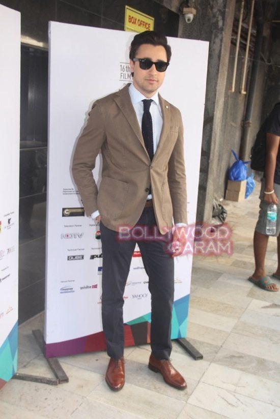 Deepika padukone_varun dhawan_film festival mumbai-17