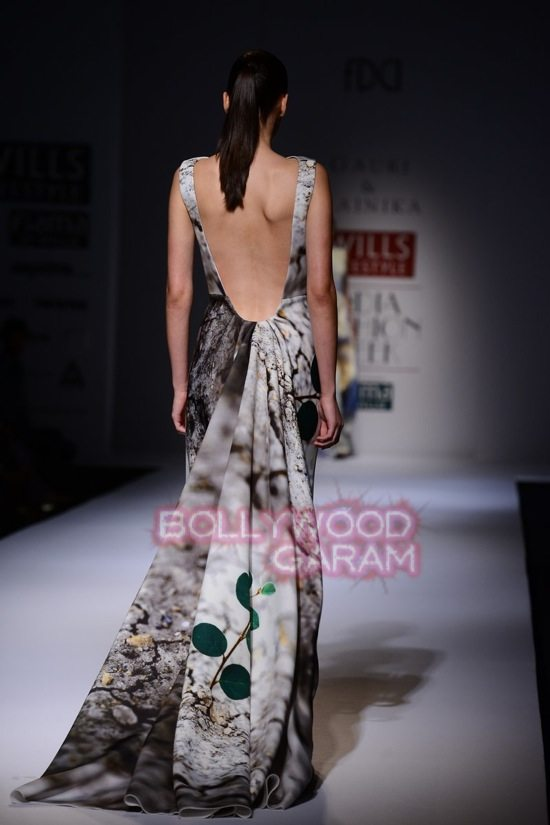 Gauri_Nainika Wills lifestyle Fashion Week 2015-10