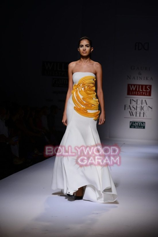 Gauri_Nainika Wills lifestyle Fashion Week 2015-15