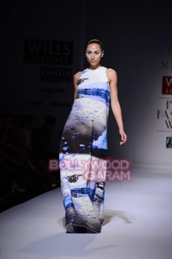Gauri_Nainika Wills lifestyle Fashion Week 2015-7