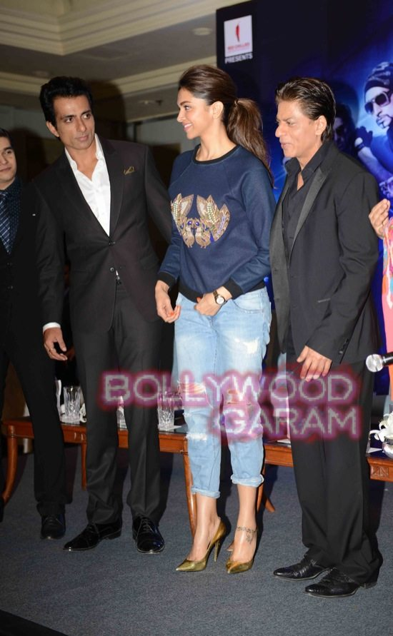HNY promotions in Delhi-2