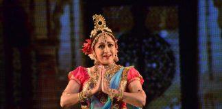 Hema Malini performs classical ballet – Photos