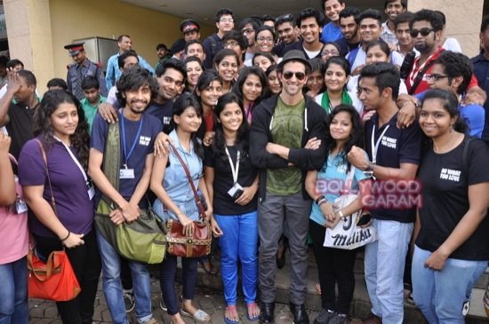 Hrithik Roshan Whistling woods clean india-12