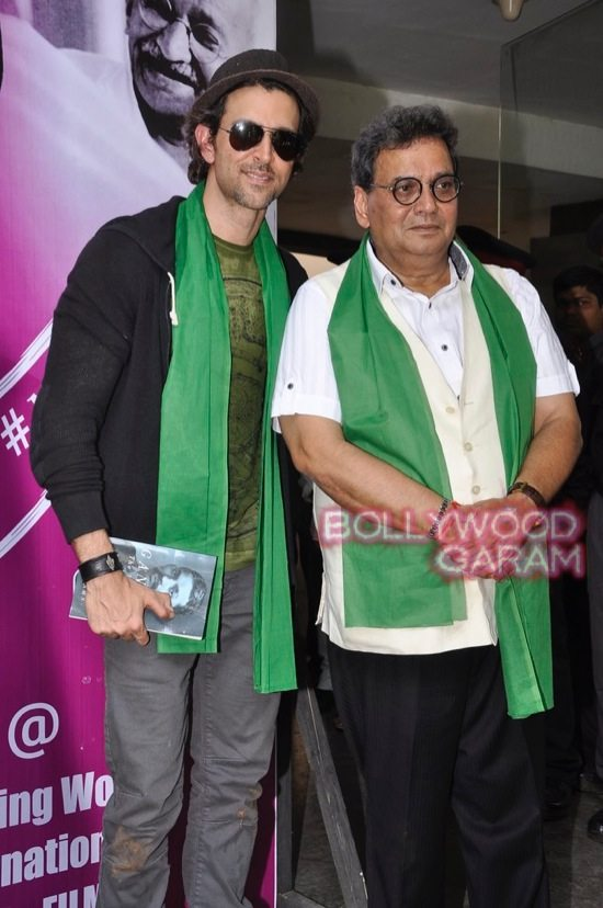 Hrithik Roshan Whistling woods clean india-13