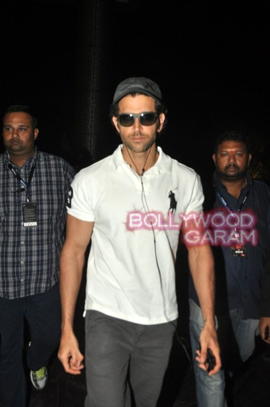 Hrithik Roshan photographed at hotel-5