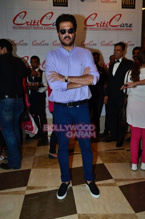 Hrithik_Anil Kapoor_Esha gupta_criticare hospital launch-16