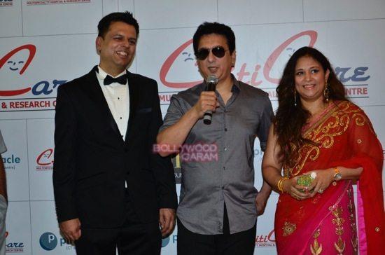 Hrithik_Anil Kapoor_Esha gupta_criticare hospital launch-18