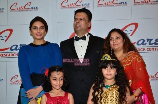 Hrithik_Anil Kapoor_Esha gupta_criticare hospital launch-28
