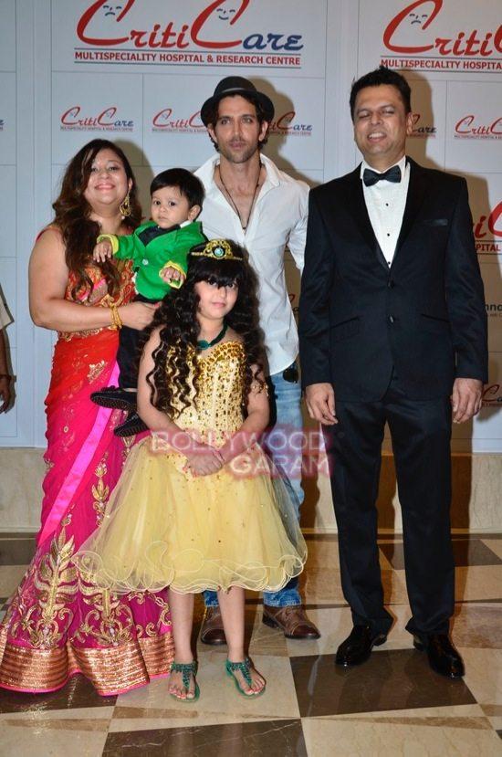 Hrithik_Anil Kapoor_Esha gupta_criticare hospital launch-7