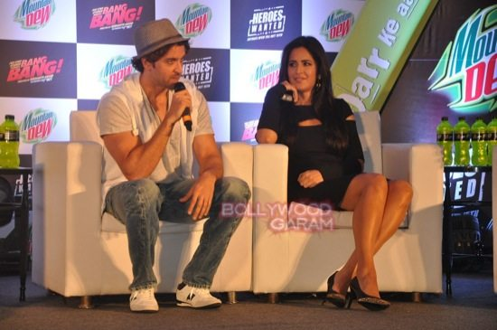 Hritik and Katrina at bang bang mountain dew event-11
