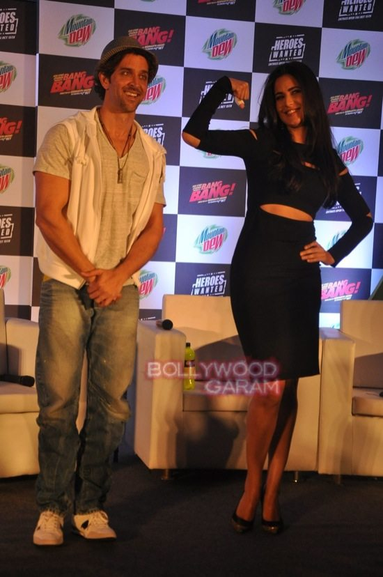 Hritik and Katrina at bang bang mountain dew event-18