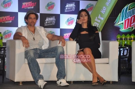 Hritik and Katrina at bang bang mountain dew event-5