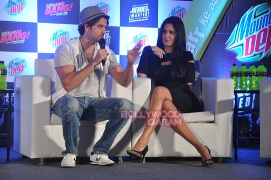 Hritik and Katrina at bang bang mountain dew event-7