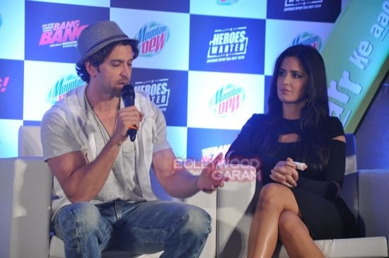Hritik and Katrina at bang bang mountain dew event-8