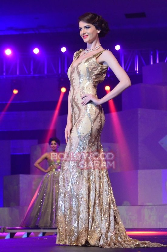 IBJA fashion show sushmita sen-19