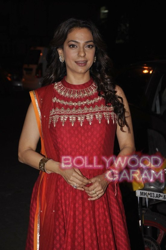 Juhi Chawla gets Vocational Excellence award-1