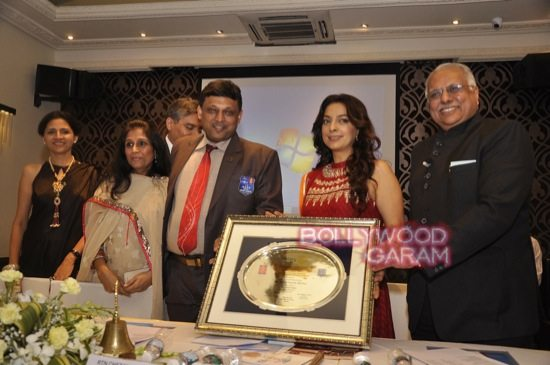 Juhi Chawla gets Vocational Excellence award-4