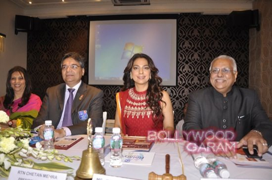 Juhi Chawla gets Vocational Excellence award-5
