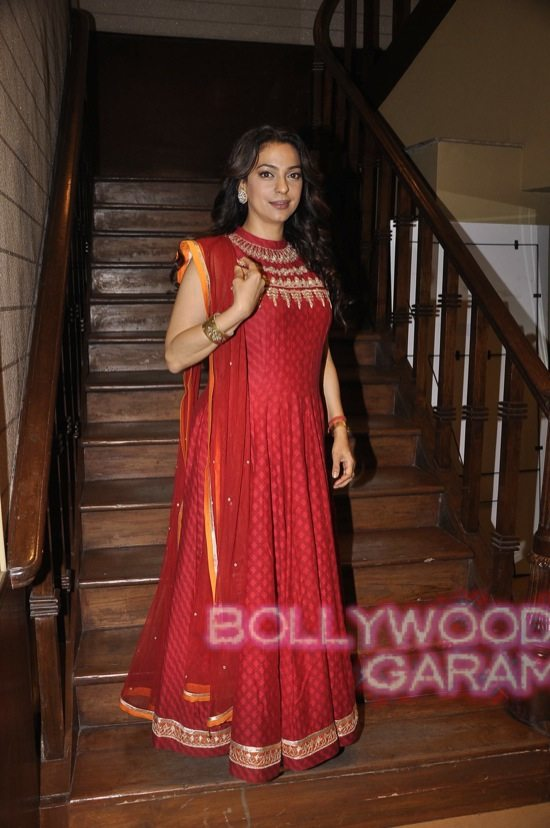 Juhi Chawla gets Vocational Excellence award-6