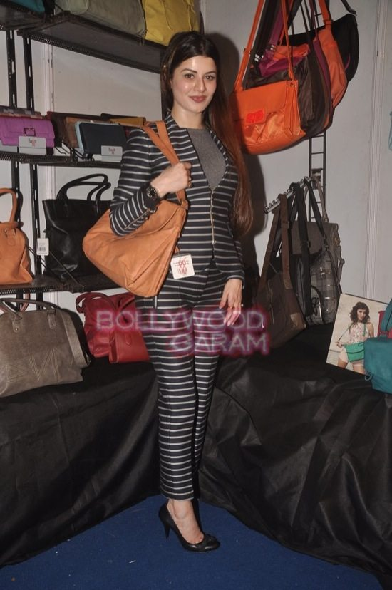 Kainaat Arora and Bhairavi at Femina Carnival-3