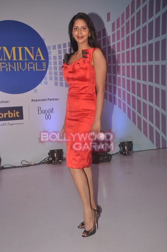 Kainaat Arora and Bhairavi Goswami at Femina Carnival-8
