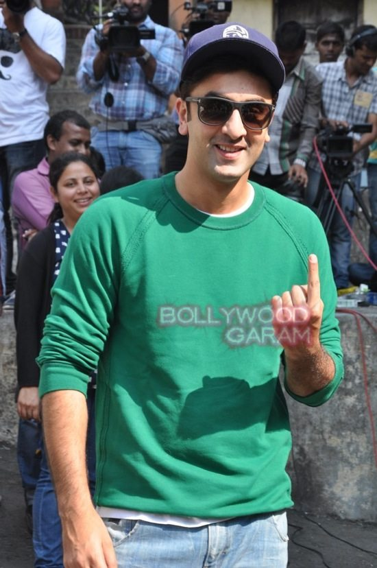 Maharashtra elections_celebs who voted-12