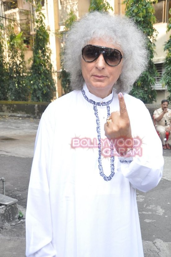 Maharashtra assembely elections_celebs who voted-8