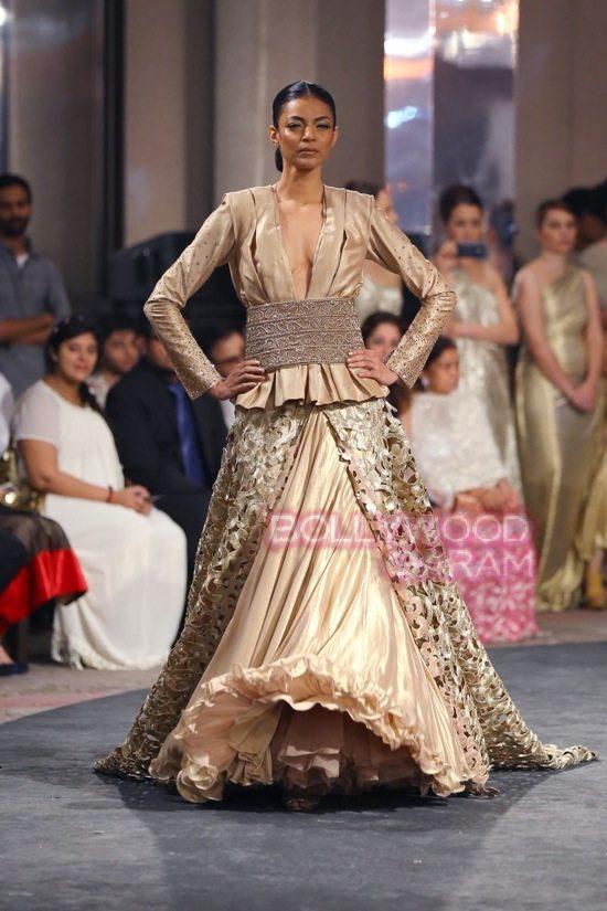 Manav Ganwani_bridal couture_seven