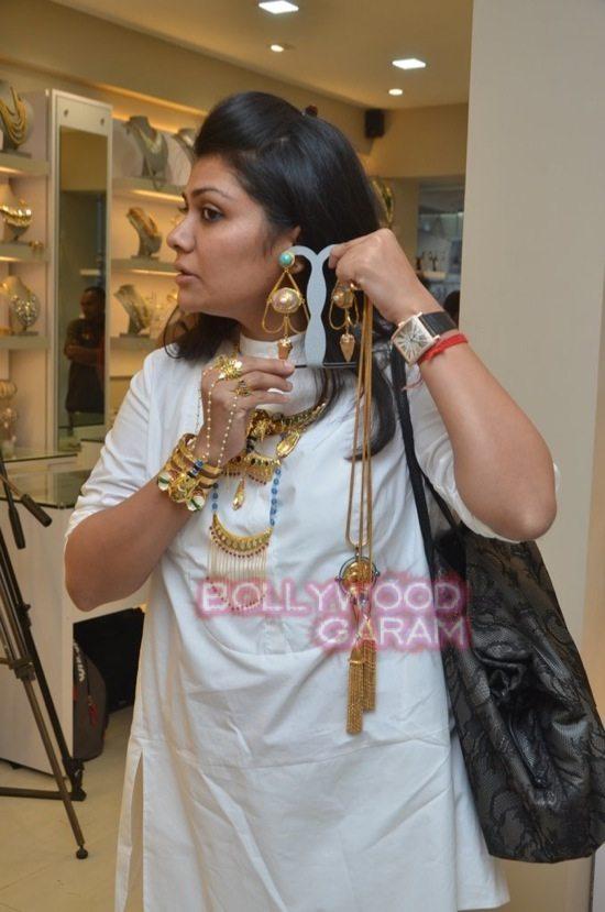 Minerali store launch_tanisha mukherji_raveena tandon-24