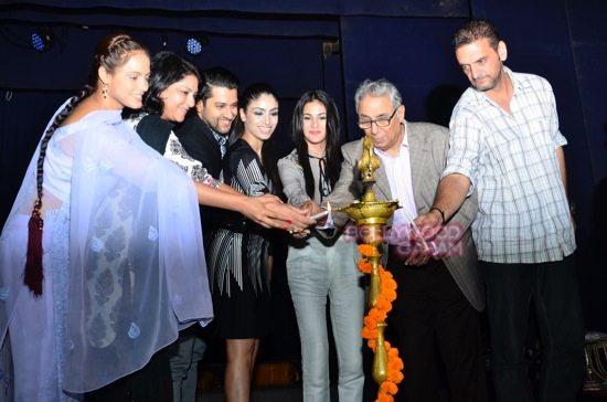 Neetu Chandra Umrao play celebs-9