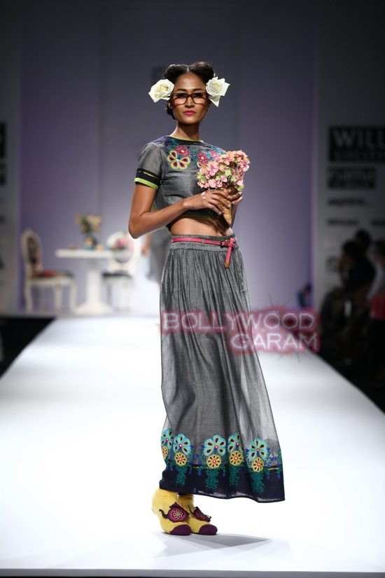 Nida M_Good Luck Irani Cafe collection_WIFW 2015-1
