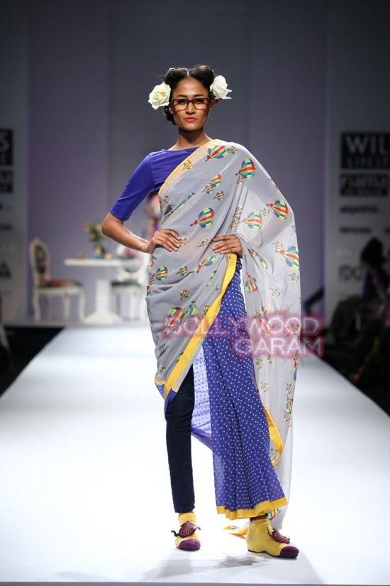 Nida M_Good Luck Irani Cafe collection_WIFW 2015-17