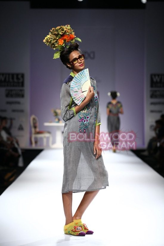 Nida Mahmood_Good Luck Irani Cafe collection_WIFW 2015-2