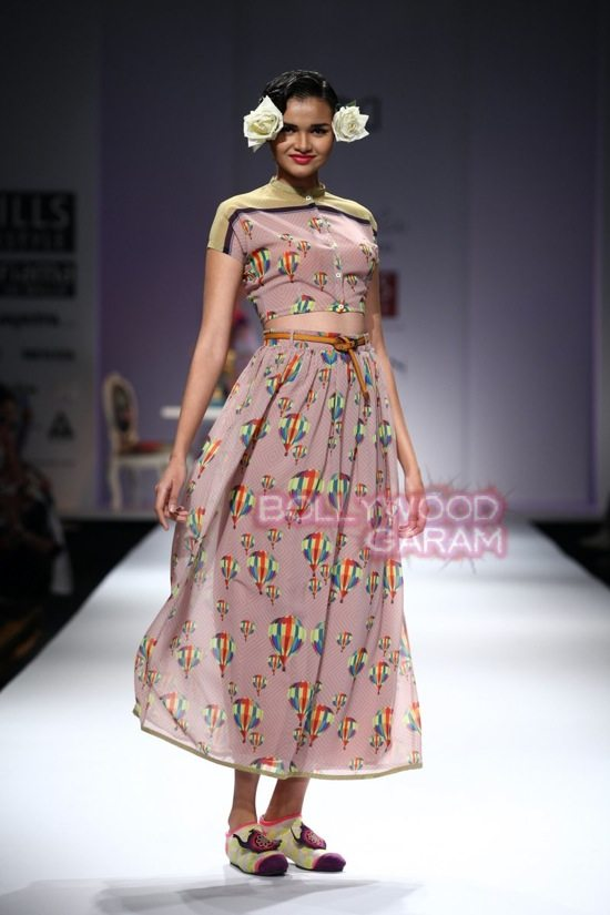 Nida M_Good Luck Irani Cafe collection_WIFW 2015-8